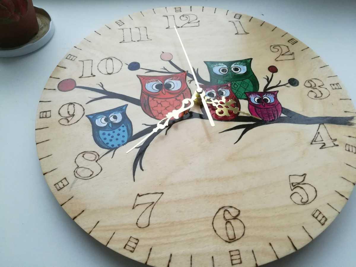 Как прикрепить стрелки к картонным часам
