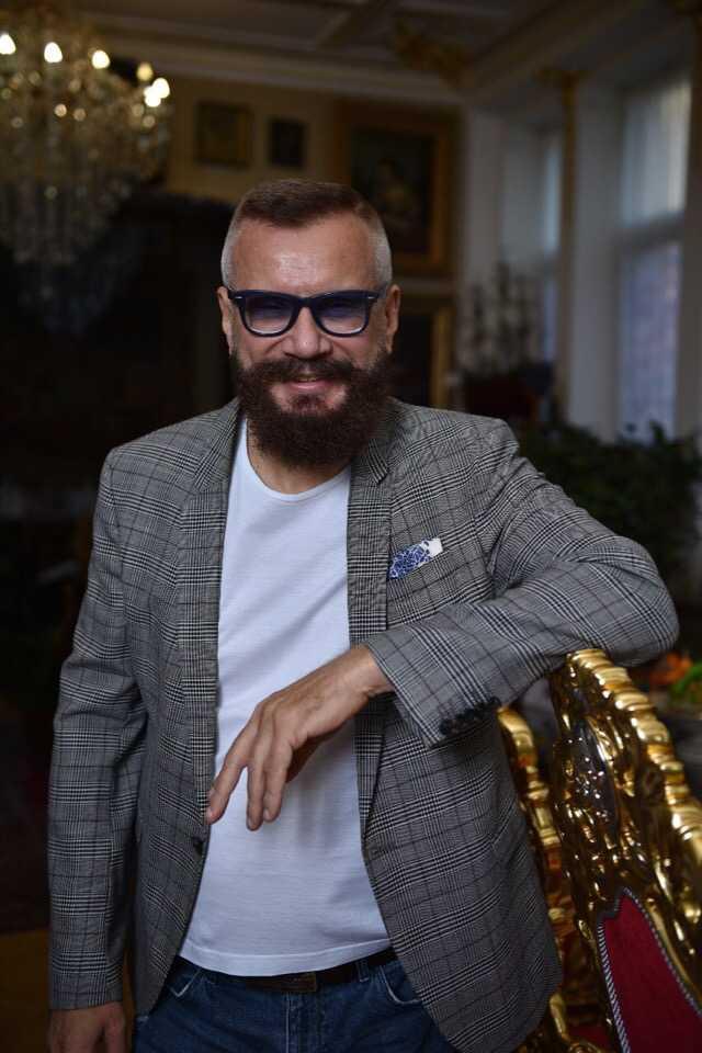 Андрей Ковалев (Секретный миллионер) – бизнесмен и миллиардер: биография и женщины в личной жизни певца, клипы и песни