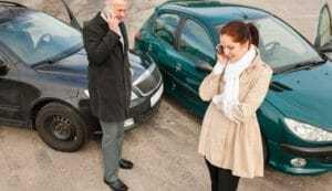 Как вызвать при ДТП ГАИ: номера с мобильного и городского, короткие номера